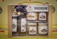 confezione regalo di prodotti al tartufo da norcia